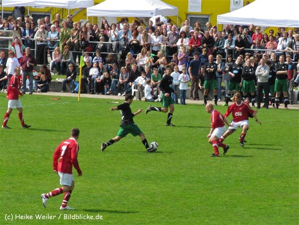 Kicken-mit-Herz-300510-IMG_1009